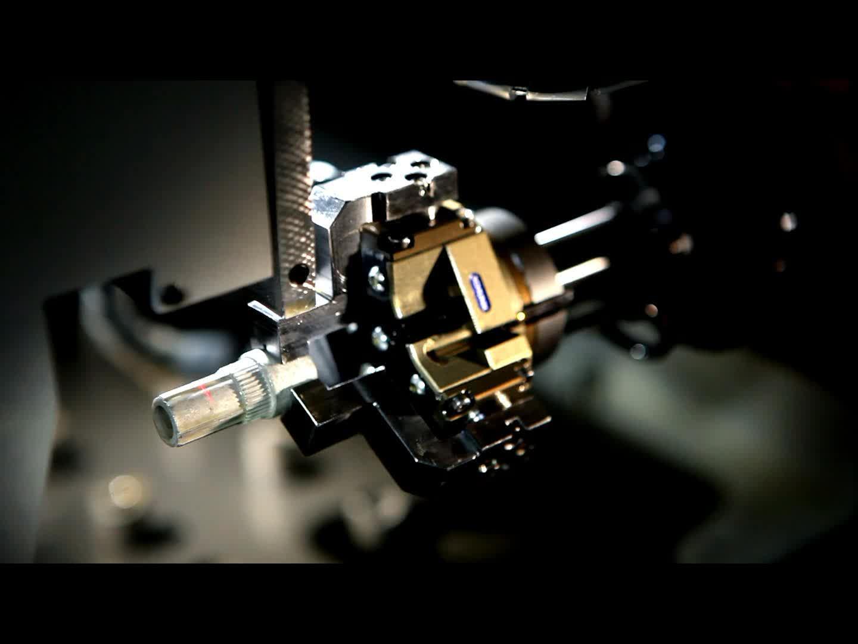 Amphenol Roboter Beladung