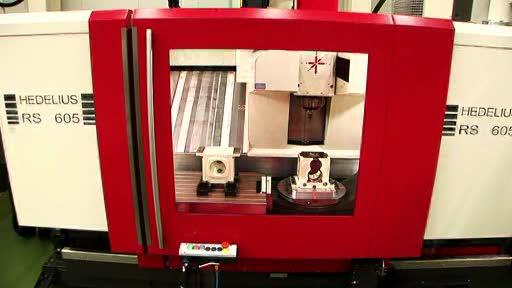RS605 K - Kombiniertes 3- und 5-Achsen Bearbeitungszentrum