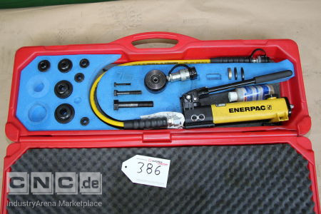 ENERPAC Hydraulic Hole Punch with Hand Pump ENERPAC