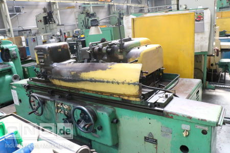 Cylindrical Grinding Machine TOS BUA 31/1000