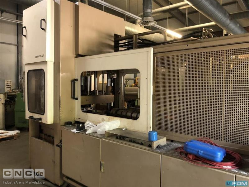 Injection blow molding machine NOVAPAX SB  N650-650-320