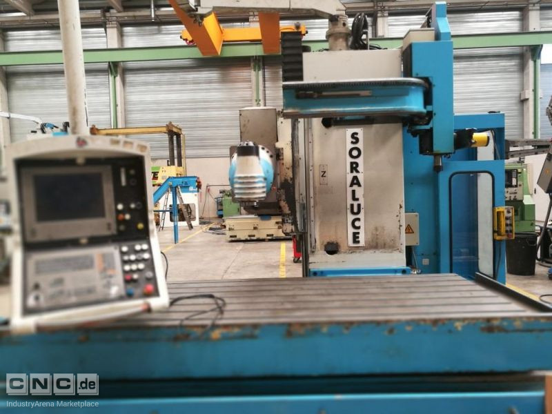 SORALUCE TL-25 BED TYPE MILLING MACHINE