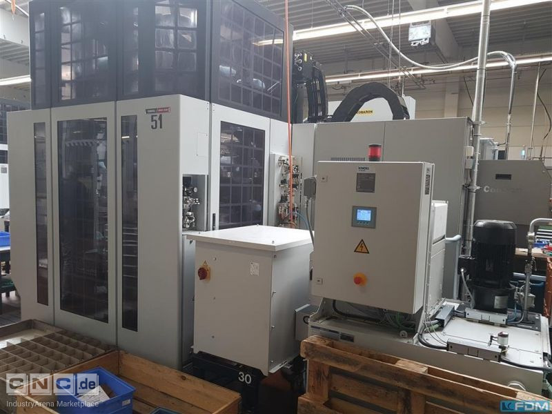 Machining Center - Universal MORI SEIKI NMV 3000 DCG APC