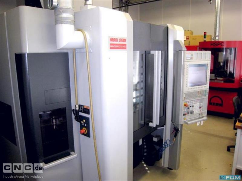 Machining Center - Universal MORI SEIKI NMV 3000 DCG