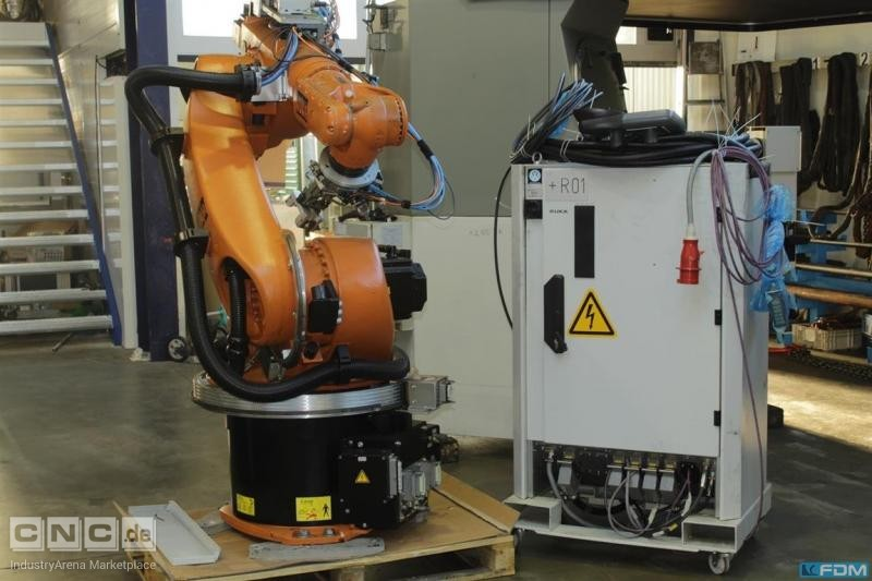 Industrial robots for general industrial applications  KUKA KR 30-3