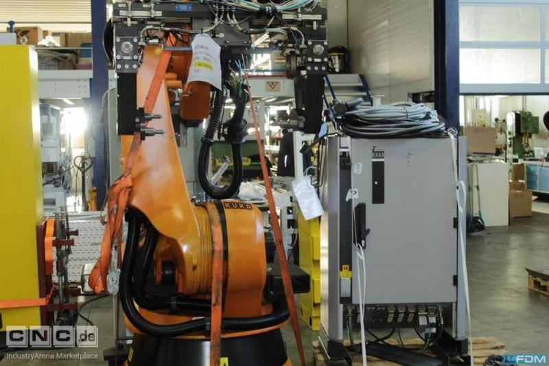 Industrial robots for general industrial applications  KUKA KR210