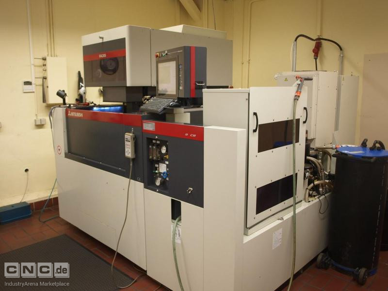 CNC-Drahterodiermaschine FA205 Advance