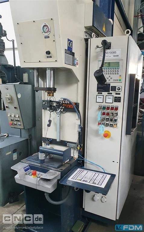 Single Column Press - Hydraulic DUNKES HZ 10
